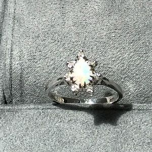 1950's Vintage Garland opal and diamond ring
